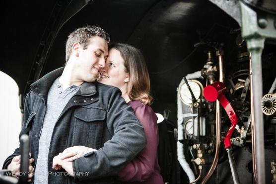 buckinghamshire-railway-centre-wedding-photographer-wendy-grant-photography-1
