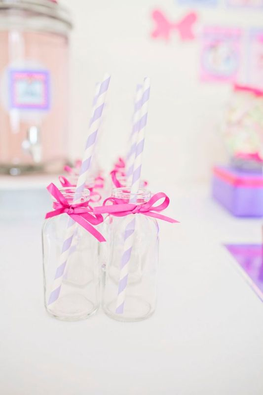 lilac and pink stripy straws and milk bottles