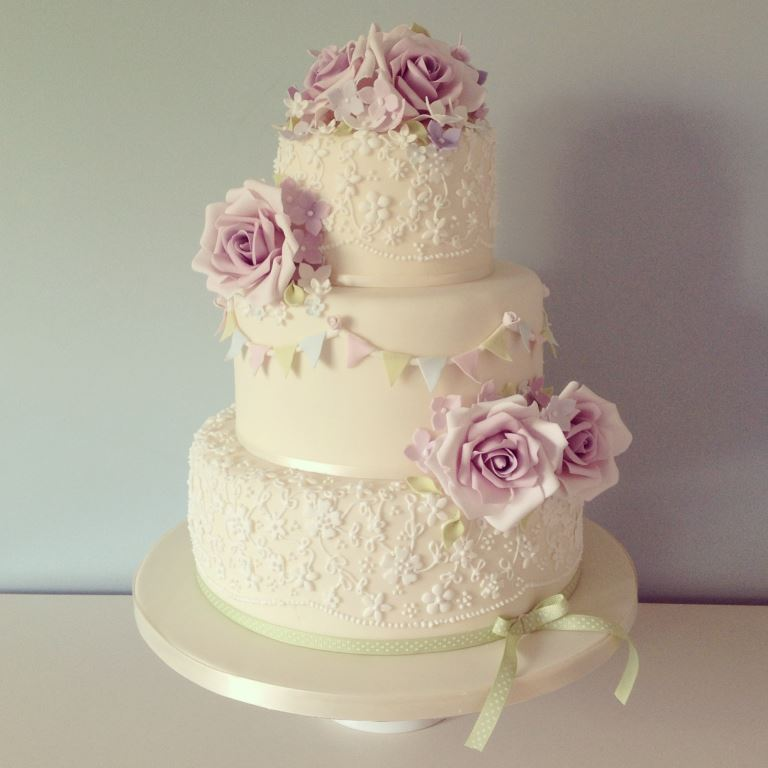Pearl Wedding Cakes Design Wedding Cake With Lace Design