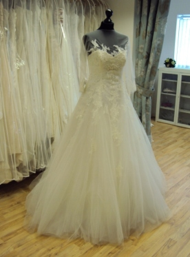 San Patrick 'Arizona' Wedding Dress Leighton Buzzard Ex Sample