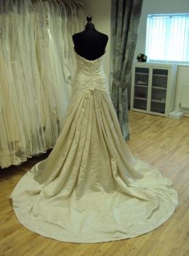 David Tutera for Mon Cheri '212248' Ex Sample Wedding Dress Oyster Bedfordshire