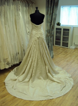 David Tutera for Mon Cheri '212248' Ex Sample Wedding Dress Oyster Bedfordshire