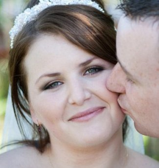 brides-makeup-horwood