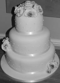Cottage Kitchen Cake Company white beading