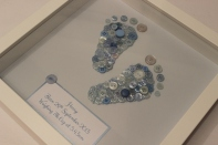 Tiny Feet Button Picture - £30