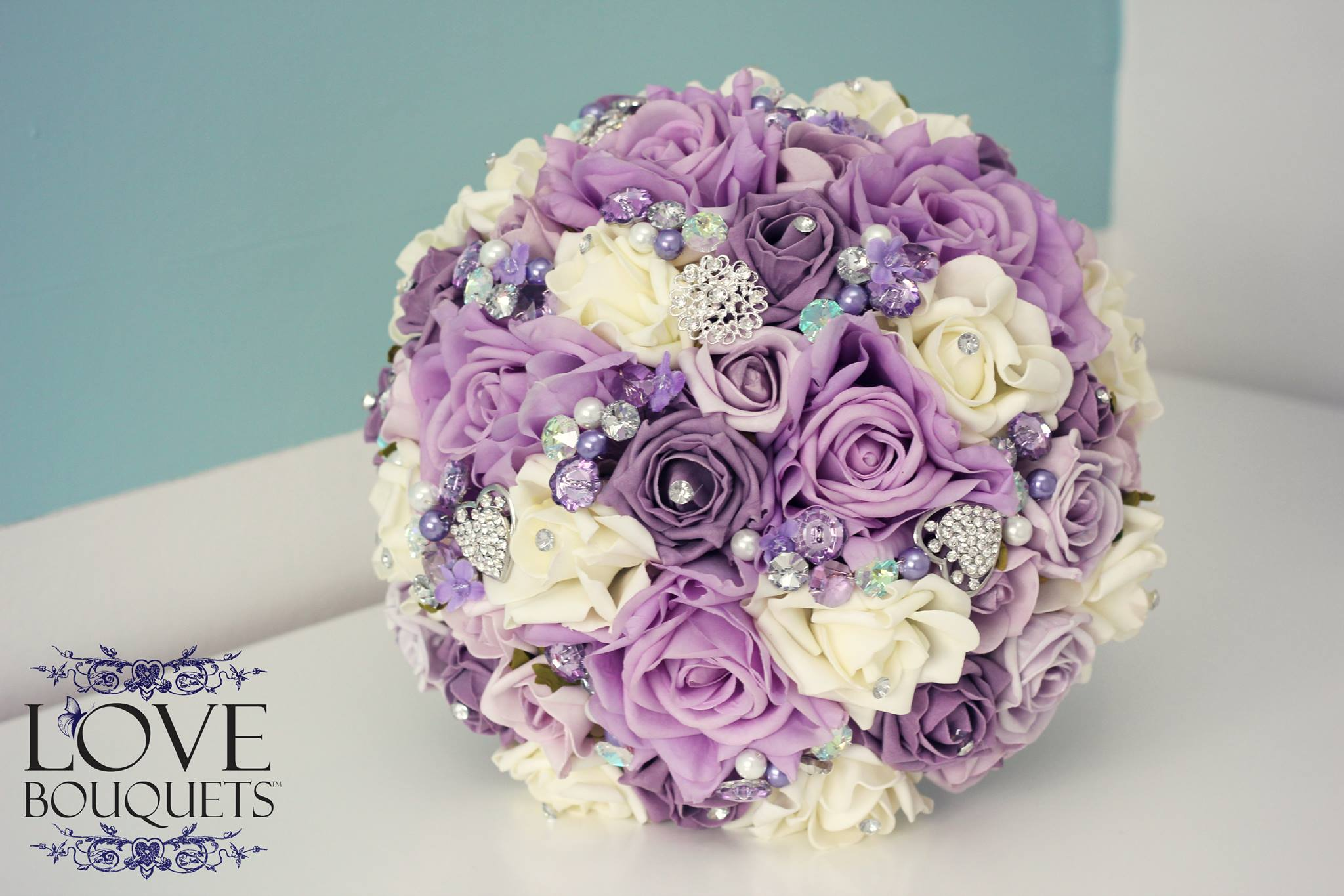 lilac and cream floral bridal bouquet love bouquets. Black Bedroom Furniture Sets. Home Design Ideas