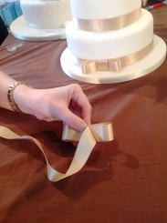 How to make a wedding cake bow Step 4 Cakes by Shelly
