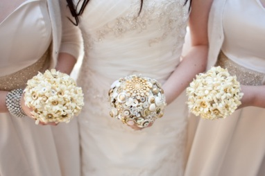 Iheartbuttons gold bouquets