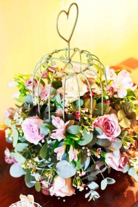Robins Flowers pink birdcage