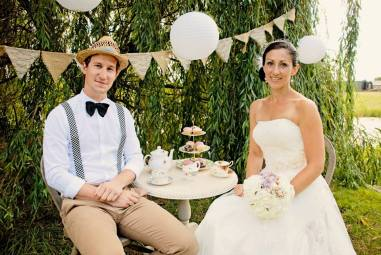 Bridal Hair and Make Up bride and groom vintage