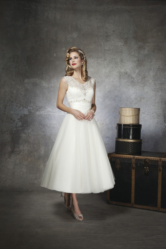 Justin alexander tea length short 50s style wedding dress for 50 s style short wedding dresses